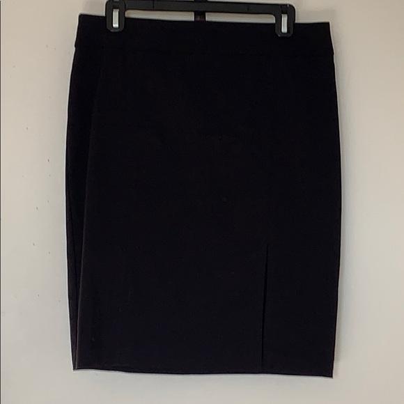 🖤 LE CHATEAU Skirt